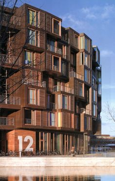 Tietgenkollegiet, København.  Unic, organic, the circle. Difference in materials and an active facade and yard.   Lundgaard & Tranberg