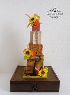 Sweet Side of Cakes Gum Paste Flowers, Fall Wedding Cakes, Sugar Flowers, Sweet, Desserts, Cake Ideas, Color, Cupcakes, Cookies
