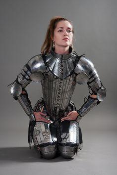 armstreet | Wir haben eine neue geätzte Rüstung für schöne Kriegerinnen ...