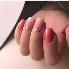 Beautiful summer nails, Coral nails, Ideas of gradient nails, June nails, Manicure by summer dress, Obmre nails, Summer coral nails, Summer nail art