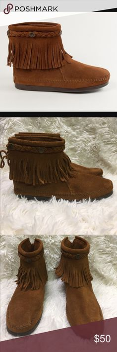 Minnetonka High Top Fringe Booties Size 8 Minnetonka High Top Fringe Booties Brown Suede Size 8. These boots are in excellent condition. Minnetonka Shoes Ankle Boots & Booties
