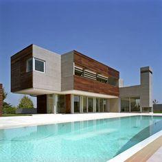 Residência Moderna de Concreto e Madeira-piscina