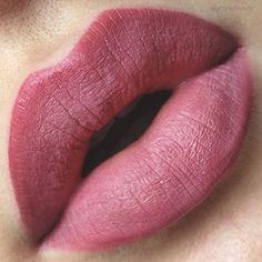 @thekatvond Studded Kiss Lipstick in 'Lovecraft'.