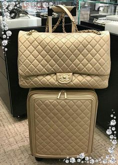 247c54be81dc Mush have Chanel handbags on sale or designer Chanel handbags then Read  website above simply click