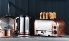 The Dualit Classic Toaster for Perfect Winter Mornings | Everten Blog - Cooking, Product Guide, Tips and More!