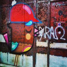 by ferdinandfeys: #construction #bird by #Bué - #streetart #Gent #Belgium #graffiti #visitgent @buethewarrior