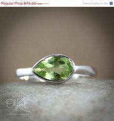 SALE 15 OFF Silver Green Peridot Ring - Side Teardrop - August Birthstone Ring