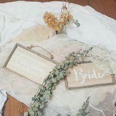 さーて! Groom,Brideが出来たとこで! この周りをどんなドライフラワー達で飾り付けしようかなっ** 今日はここでおーーわり!:-)✨🌼 不器用ながらに頑張ったわたし!(о´∀`о)** #ナチュラルウェディング #ハンドメイド #結婚式準備 #結婚式 #受付スペース #装飾 #プレ花嫁 #ドライフラワー #ブライダル #手作りウェディング #結婚式diy