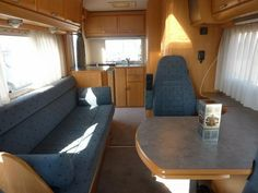 Un Hymer intégral bien aménagé pour un apéro !#campingcar #motorhome #rv
