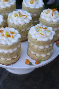 mini lemon naked cake | lemon buttercream | calendula Barn Wedding Cakes, Country Wedding Cakes, Wedding Cake Photos, Wedding Cake Fresh Flowers, Lemon Buttercream, Rustic Cake, Cake Images, Wedding Cake Inspiration, Calendula