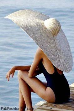 Who needs an umbrella? Just wear a big hat!(a REALLY big hat) :) Summer Of Love, Summer Time, Summer Hats, Summer Sun, Summer Chic, Summer Dream, Happy Summer, Hello Summer, Summer 2014