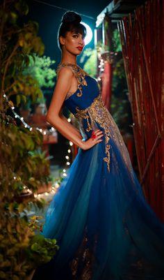 Delhi Style Blog: Shantanu and Nikhil 2012 Bridal Couture - A dress, a camera and a dialogue