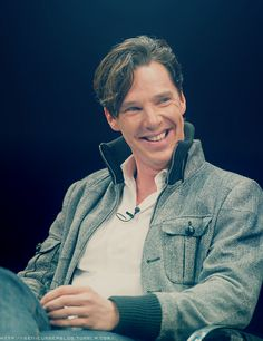 #BenedictCumberbatch - how fantastic is he? Just wonderful, makes me happy to see this!