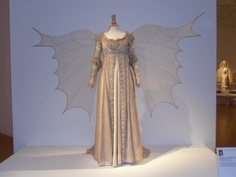 worn by Drew Barrymore in Ever After: A Cinderella Story