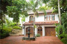 Exotic residence in the Honduras Spanish Style Homes, Spanish House, Spanish Colonial, Spanish Revival, Mediterranean Homes Exterior, Mediterranean Style, Revival Architecture, Spanish Architecture, House Architecture