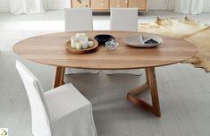 Tavolo ovale in legno massello