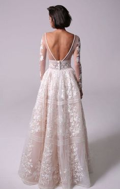 Featured Wedding Dress: Michal Medina; www.michalmedina.com