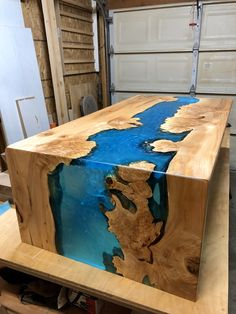 Custom Epoxy Resin River Waterfall Table – Epoxy wood table – New Epoxy Epoxy Wood Table, Epoxy Resin Table, Diy Epoxy, Wood Table Design, Resin Furniture, Into The Woods, Diy Wood Projects, Table Decorations, Epoxy Countertop