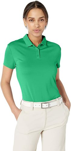 Designed with dry-fit technology these womens Nike dry short sleeve golf polo shirts help to keep you dry and comfortable on the golf course! Nike Womens Golf, Womens Golf Polo, Womens Golf Shirts, Ladies Golf, Nike Golf, Nike Polo Shirts, Polo Shirt Women, Golf Outfit, Mens Tops