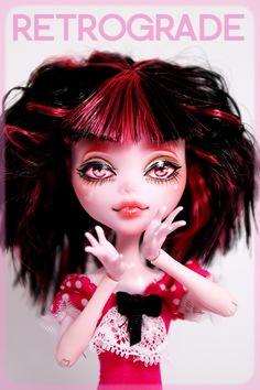http://ridiculouspinktree.deviantart.com/art/Kira-OOAK-Custom-Draculaura-Monster-High-Repaint-279085579