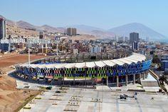 Estádio Regional de Antofagasta / Valle & Cornejo Arquitectos  + Nicolás Lipthay   © Andrés Valle