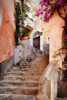 stucco + well worn stairs + blooming trees = heaven