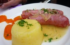 Diot from Bistrot Le Charité  http://www.chowzter.com/fast-feasts/europe/Lyon/review/Bistrot-Le-Charit/Diot/3839_3827