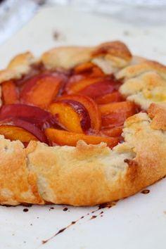 Summer Peach Crostata - The Garden of Eden