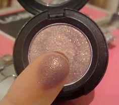 MAC Trax Eyeshadow - Dutchess Roz