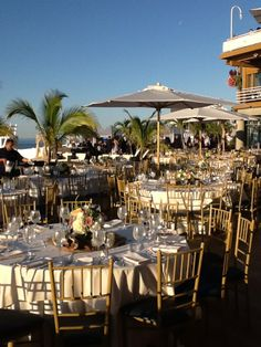 A Beach Wedding Without Stepping Off The Sand Crescent Club