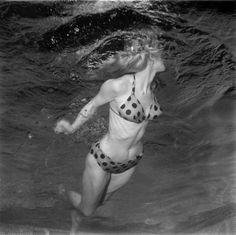 Model Lynn Jones, 1955.