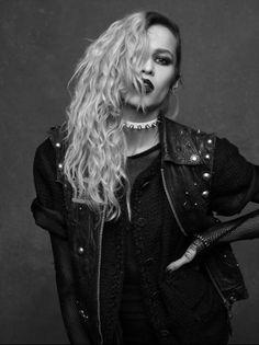 Alice Delal - Chanel - The Little Black Jacket