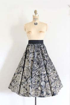 vintage 1950s skirt // 50s novelty hand painted paisley circle skirt // by TrunkofDresses