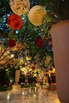 Wynn lobby Las Vegas.  We stayed at the Wynn when we ran the LV Rock n Roll.  ~ Dec 2012