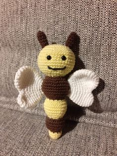 Crochet – Bumblebee rattle - First attempt at this butterfly rattle. - Gribba - ᚷᚱᛁᛒᛒᚨ - Free pattern on my website - Gratis opskrift på min hjemmeside Crochet Butterfly, Cute Crochet, Knitting Projects, Free Pattern, Website, Beautiful Crochet, Knitting Designs, Sewing Patterns Free, Tejidos