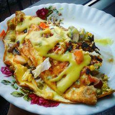 Śniadanie białkowo-tłuszczowe :)  445kcal B:30g T:33g W:7g instagram.com fit_gym_zumba