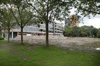 Het asielzoekerscentrum wordt gevestigd op het terrein van Technische Hogeschool