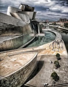 *SPAIN ~ Bilbao- In the north. An important seaport , and the most important mining and steel -manu-facturing city in Frank Gehry, Amazing Architecture, Modern Architecture, Beautiful Buildings, Beautiful Places, Spain Honeymoon, Guggenheim Museum Bilbao, Voyage Europe, Basque Country