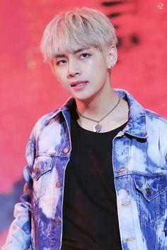Taehyung is the new boy in town, temporarily. A lot of things attract him but nothing attracts him more than the mysterious young boy, Jungkook. Taehyung had i. Jimin, Bts Bangtan Boy, V Taehyung, Daegu, Yugyeom, Foto Bts, Mingyu, Bts Kim, V Bts Cute