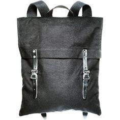 any idea who makes this bag?
