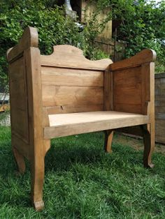 PASTU domov: Lavička z čel postele Outdoor Furniture, Outdoor Decor, Armchair, Bench, Home Decor, Womb Chair, Homemade Home Decor, Benches, Desk
