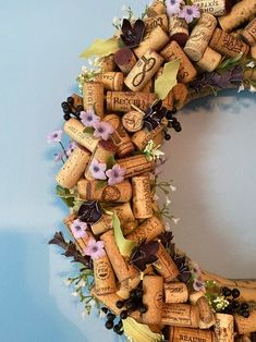 Wine Craft, Wine Cork Crafts, Wreath Crafts, Diy Crafts, Wine Cork Wreath, Champagne Corks, Wine Bottle Corks, Craft Fairs, Craft Gifts