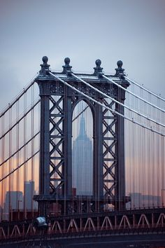 Empire State Building & Manhattan Bridge, NYC