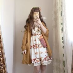 Homemade autumn and winter models Autumn forest squirrel hazelnut lace Vintage Lace Dress - Taobao