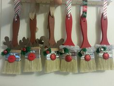 CHRISTMAS CRAFT TIME This would be cute with white bristle paint brushes.