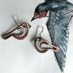 Cat and Kitten The Crows Twisted Fish Twisted Men Makin' Music. horn and strings Primitive Pe. Bird Jewelry, Animal Jewelry, Copper Jewelry, Jewelry Crafts, Jewelry Art, Beaded Jewelry, Cowgirl Jewelry, Geek Jewelry, Jewellery