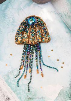 Купить БРОШЬ медуза, морская брошь с кристаллами Swarovski - Украшение со сваровски, авторское украшение