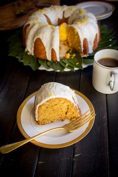 Gluten Free Meyer Lemon Poppy Seed Coffee Cake by @beardandbonnet on www.beardandbonnet.com
