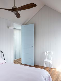 Palm Beach Blue by Benn + Penna Architecture and NewMark Constructions – Video Feature – The Local Project