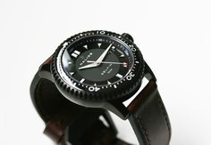Halios knows how to make a classic looking diver's watch - this is Delfin PVD 1